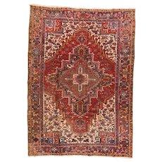 Fine Antique Persian Heriz Rug Circa 1920, SIZE: 7'10'' x 10'11''