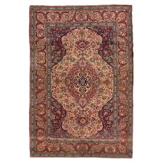 Antique Ivory Isfahan Persian Area Rug CIRCA 1900, SIZE: 4'9'' x 7'0''