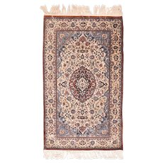 """Extremley Fine Persian Qum Design Silk On Silk Hand Knotted , Size 3'0"""" x 5'10"""""""