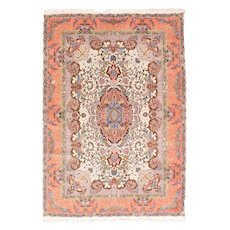 Excellent Rose Tabriz Persian Area Rug Wool & Silk Circa 1970, SIZE: 5'3'' x 7'7''