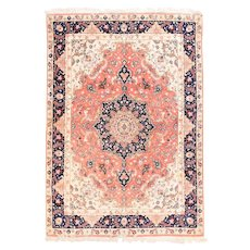 """Extremley Fine Persian Rug  Tabriz Wool & Silk Hand Knotted Circa 1970's, Size 4'9"""" x 6'11"""""""