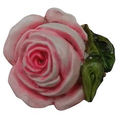 A Charming Vintage Tape Measure In The Form Of A Pink Rose