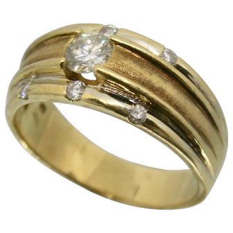 18k Yellow Gold Diamond Engagement/ Wedding Ring~ Size 6
