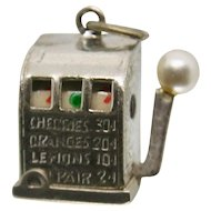 Crea Sterling Moveable Slot Machine Charm
