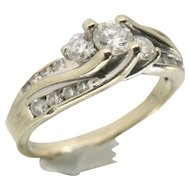 14k White Gold Diamond Wedding/Engagement Ring~ Size 8.5