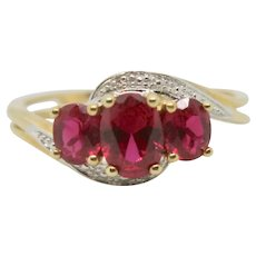 10k Gold 3 Stone Ruby Ring~ Size 9
