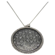 """Sterling Or Paz Cut Out Floral Disc Necklace~ 24"""" chain"""