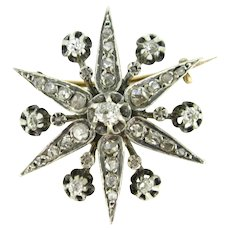 Antique Diamonds Star Brooch, France, 18kt Gold and Silver, early 20th century