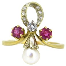 French Art Nouveau Ruby, Pearl and diamonds ring, 18kt gold, early 20th