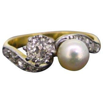Belle Epoque Toi et Moi Natural Pearl and Diamonds Ring 18kt Gold and Platinum