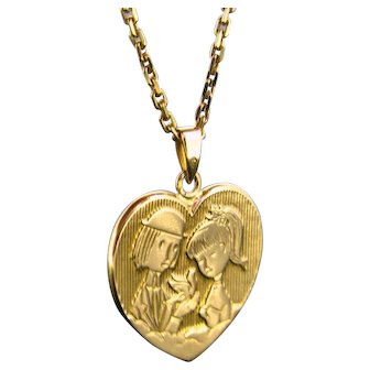 Vintage Medal: Les Amoureux de Peynet, Lovers' Peynet pendant, 18kt gold, France