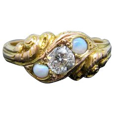 Victorian Opals Diamond Ring, 18kt gold, circa 1880