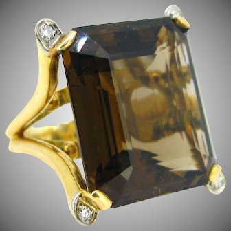 Vintage Smoky Quartz Cocktail ring, 18kt gold and platinum, circa 1960, France