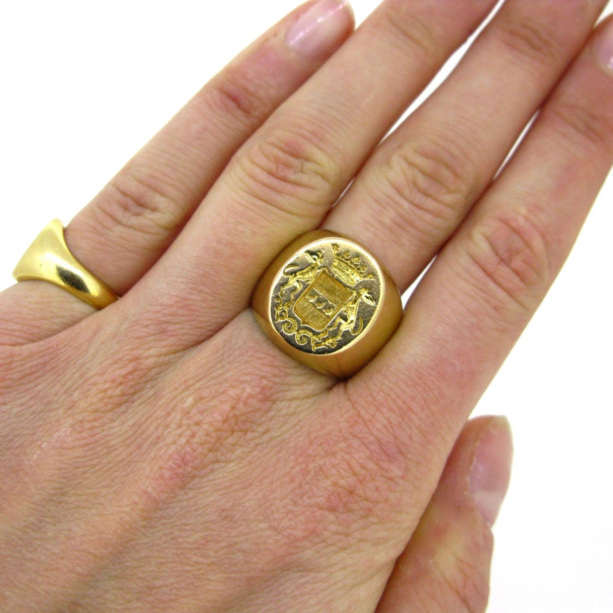 web en lot sotheby ring two scottish ecatalogue great rings s auctions crest collections