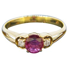 Vintage Ruby and Diamonds Ring, 18kt gold circa 1930