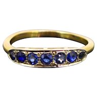 French Art Deco Natural Sapphires band ring, 18kt gold, circa 1930