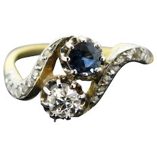 Antique Edwardian Belle Epoque Toi et Moi Sapphire Diamond ring, circa 1910