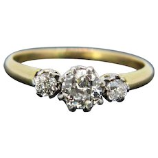 Three Stone Diamonds Ring, 18kt Yellow Gold and Platinum, circa 1910
