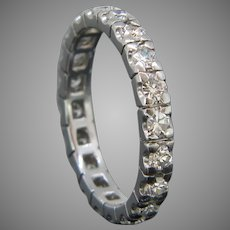 Retro Eternity Diamond Ring, 18kt gold, France, circa 1950