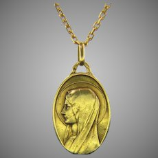 Mid 20th Century French Virgin Mary Pendant by Augis & Mazzoni, 18kt Yellow Gold, circa 1950