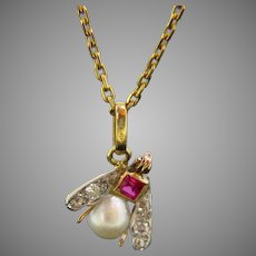 Antique Fly Pendant, 18kt Yellow Gold, France, circa 1920