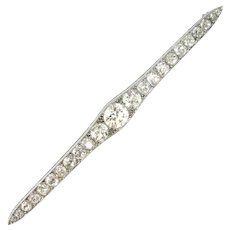 Edwardian Diamonds Bar Brooch, 18kt white gold and platinum, circa 1920