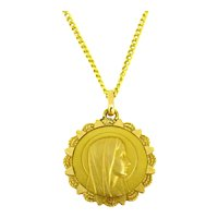 Vintage Religious Medal Pendant by Grun, 18kt Yellow Gold, circa 1950, France