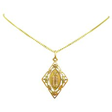 Early 20th century Virgin and the Child Fourviere Pendant, 18kt gold, France