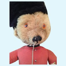 Sweet English merry thought antiques beefeater bear