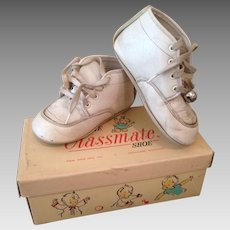 charming Vintage toddler Shoes in box