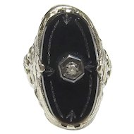 14K White Gold 0.01 Ct Single Cut Diamond And Onyx Filigree Ring 1930's Vintage