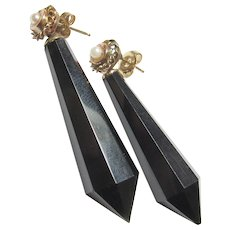 14K Yellow Gold Saltwater Cultured Pearl And Black Jet Dangle Earrings 1960's Vintage