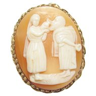 10K Yellow Gold Hand Carved Woman Giving Water To Man Shell Cameo Brooch/Pendant 1940's Vintage