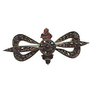 Gold Filled Old Cut Natural Red Garnet Bow Brooch 5.00 Cts 1930's Vintage