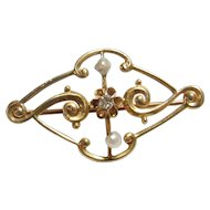 10K Yellow Gold 0.02 Ct Single Cut Diamond And Pearl Brooch Pin 1910's Edwardian