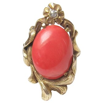 10K Yellow Gold 5.00 Ct Natural Deep Pink Coral And Diamond Ring 1910's Art Nouveau