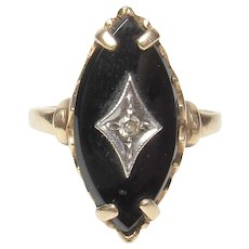 10K Yellow Gold 0.04 Ct Single Cut Diamond And Onyx Ring 1940's Vintage