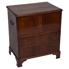 A George III mahogany commode chest