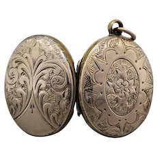 Antique Victorian Hand Engraved Mourning Locket Enclosed with Weaved Hair