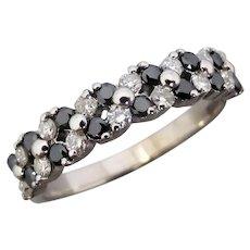 Estate 18K White Gold Black and White Diamond Ring