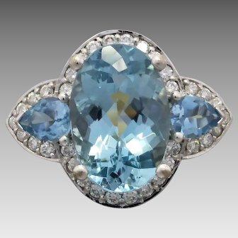 Estate 18k White Gold Aquamarine &  Diamond Ring