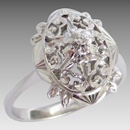 18k White Gold Pretty Vintage Inspired Filigree Diamond Ring