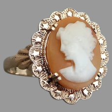 Vintage Mid Century 9k Rose Gold Shell Cameo Ring with Star Border