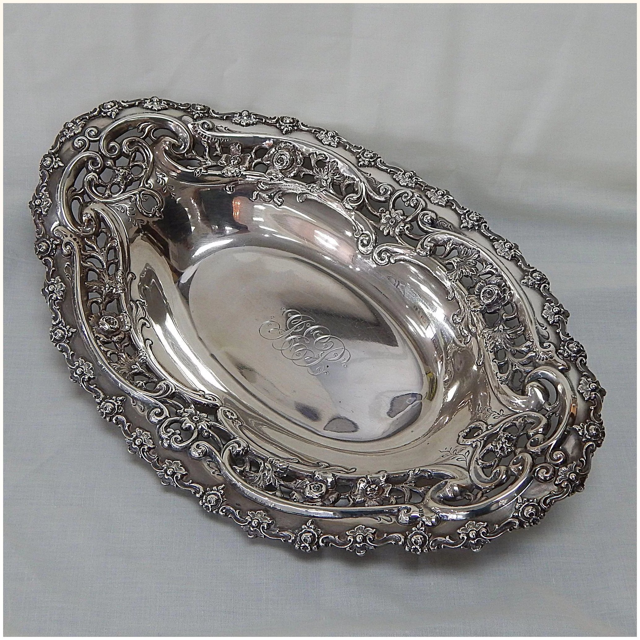 Large Theodore B Starr Sterling Silver Reticulated Bread