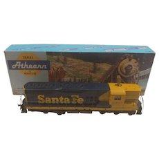 Athearn 3801 HO Santa Fe Locomotive