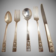20 Pc. Oneida Community Coronation Silverplate Flatware Set