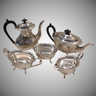 5 Piece Cheltenham Sheffield England 02004 Silverplate Serving Set Coffee Pot / Teapot / Sugar Bowl / Creamer