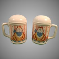 Lisa Berrett Made in Japan Fat Cat Salt and Pepper Shakers