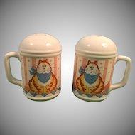 Lisa Berrett Made in Japan Fat Cat Salt and Pepper Shakers