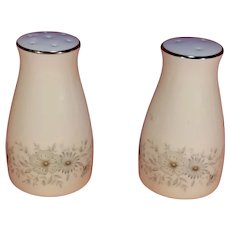 "Noritake 6716 Iverness Porcelain 3 1/4"" Floral Salt & Pepper Shakers"